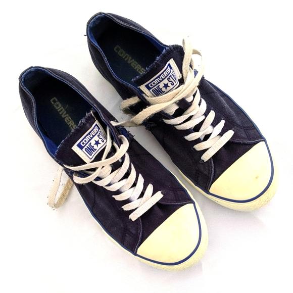 Men's Converse Sneakers sz 9